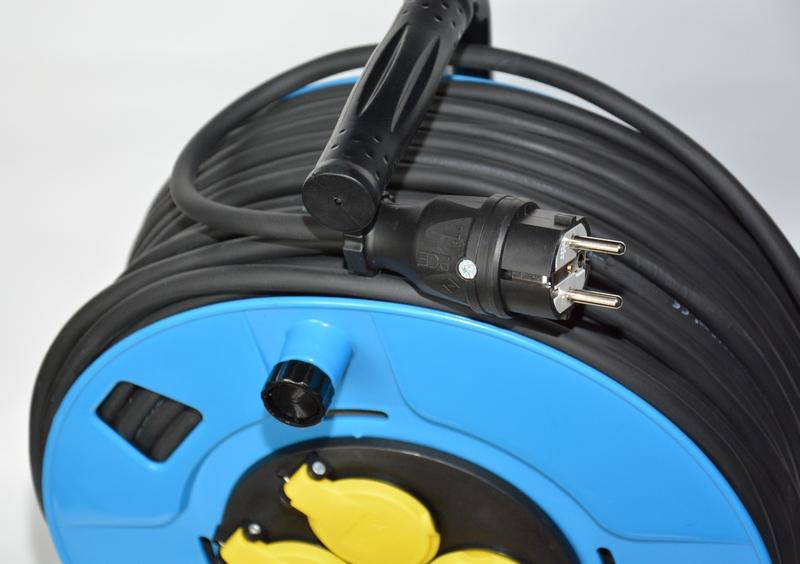 Rozgałęźnik budowlany H05RR-F 3×2,5 50m, na bębnie – kabel gumowy