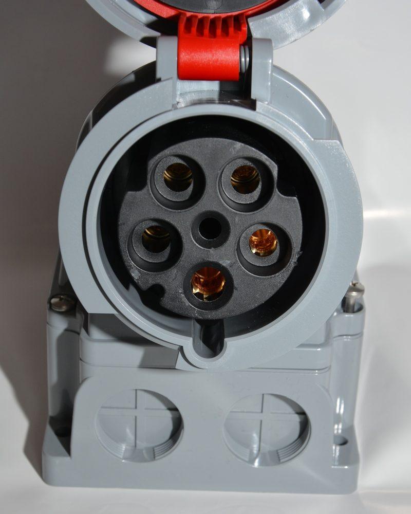 Gniazdo siłowe stałe naścienne PCE 63A 135-6