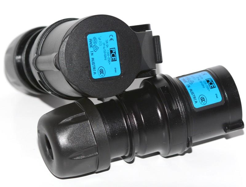 PCE Gniazdo sieciowe 250V 16A IP44 gumowe z klapką 213-6
